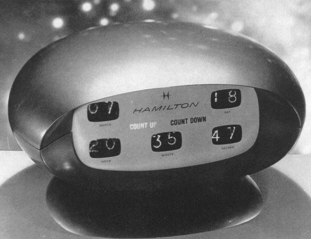 這張圖片的 alt 屬性值為空,它的檔案名稱為 天才導演Stanley-Kubrick曾請Hamilton為科幻電影《2001太空漫遊》設計一系列富未來感的時鐘和腕錶(圖片來源:網路)-1024x789.jpg